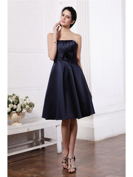 A-Line/Princess Strapless Pleats Short Elastic Woven Satin Bridesmaid Dress