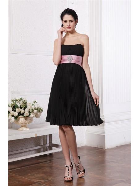 A-Line/Princess Strapless Sash Short Chiffon Bridesmaid Dress