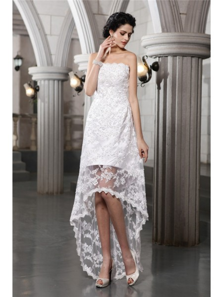 Sheath/Column Strapless High Low Lace Wedding Dress