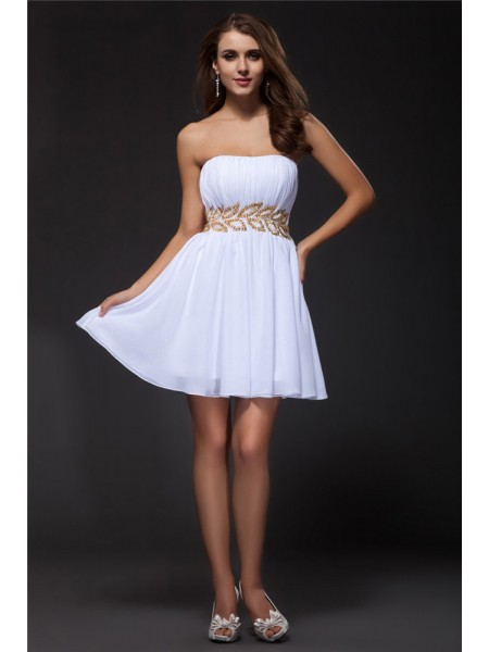 A-Line/Princess Strapless Short Chiffon Cocktail Dress