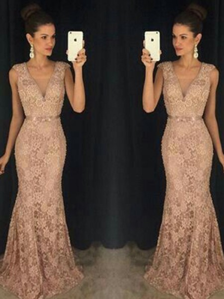 Trumpet/Mermaid V-neck Sleeveless Lace Sweep/Brush Train Dress