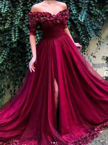 A-Line/Princess 1/2 Sleeves Off-the-Shoulder Sweep/Brush Train Tulle Dresses