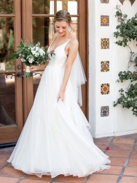 A-Line/Princess V-neck Sweep/Brush Train Sleeveless Ruffles Wedding Dresses with Tulle
