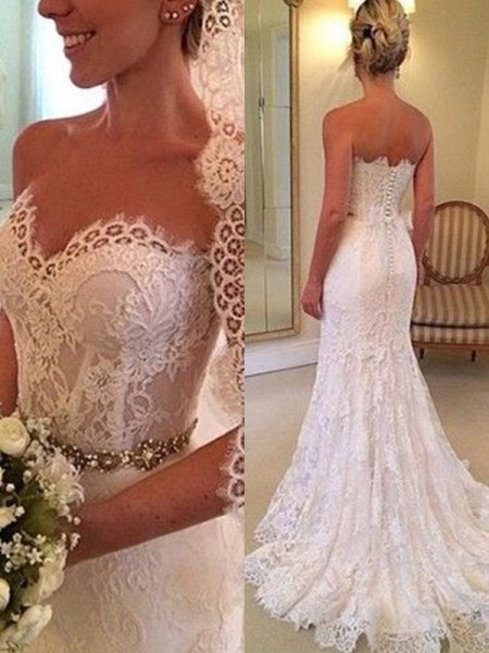 Sheath/Column Sweetheart Sweep/Brush Train Sleeveless Beading Wedding Dresses with Lace