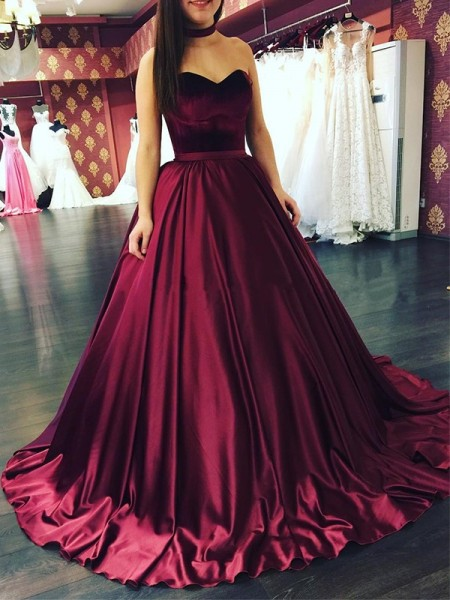 Ball Gown Sweetheart Sweep/Brush Train Sleeveless Ruffles Dresses with Satin