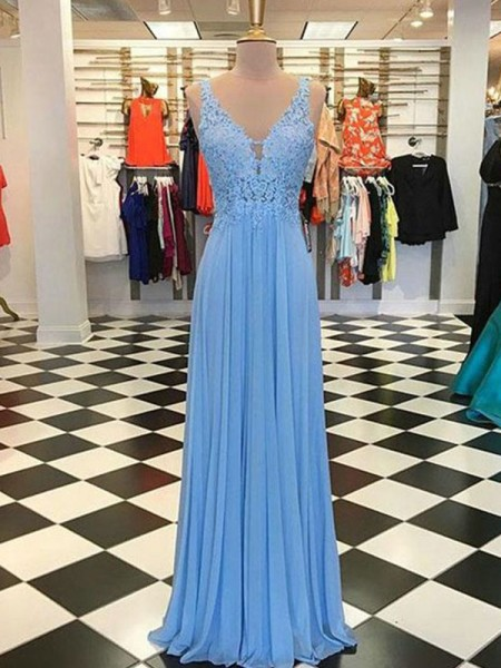 A-Line/Princess Spaghetti Straps Sleeveless Floor-Length Applique Dresses with Chiffon