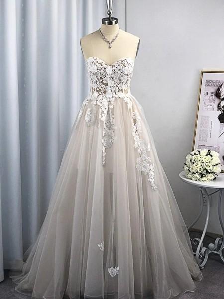 A-Line/Princess Tulle Applique Sweetheart Sleeveless Sweep/Brush Train Wedding Dresses