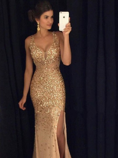 Sheath/Column V-neck Sequin Court Train Jersey Dress