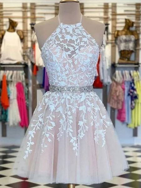 A-Line/Princess Applique Tulle Sleeveless Halter Short/Mini Homecoming Dresses