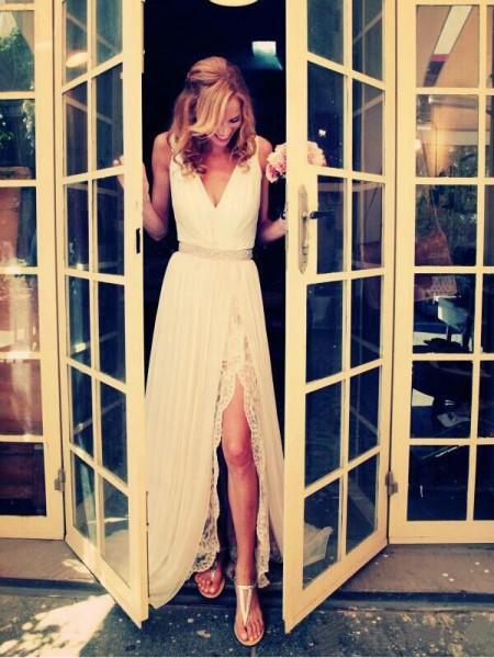A-Line/Princess V-neck Sweep/Brush Train Chiffon Wedding Dress
