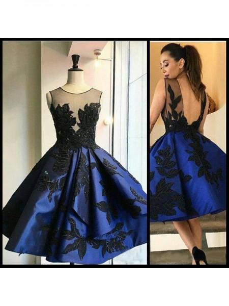 A-Line/Princess Scoop Applique Satin Short/Mini Dress