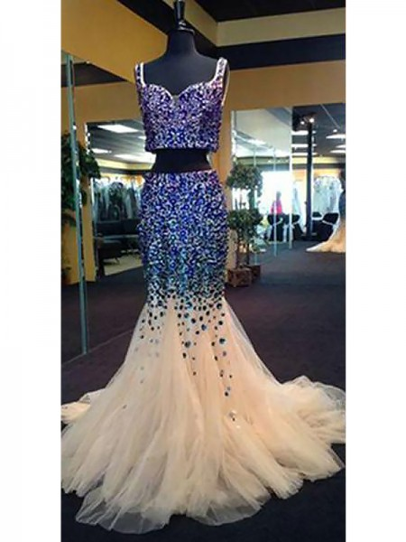 Trumpet/Mermaid Sweetheart Tulle Beading Sweep/Brush Train Two Piece Dress