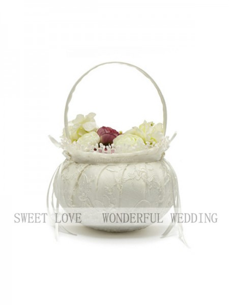 Gorgeous Flower Basket In Lace With Bowknot