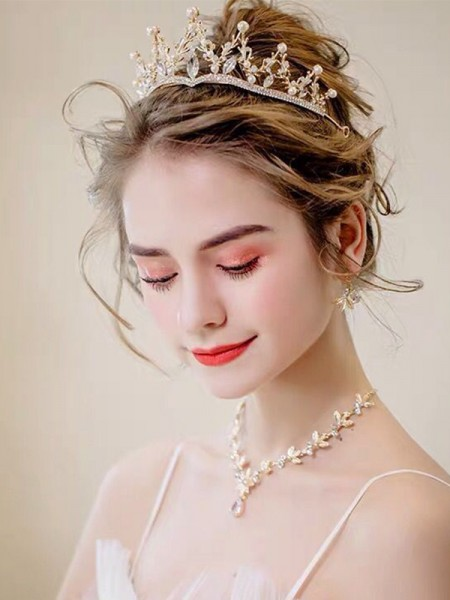 Brilliant Ladies'/Bridal Alloy With Rhinestone Jewelry Sets