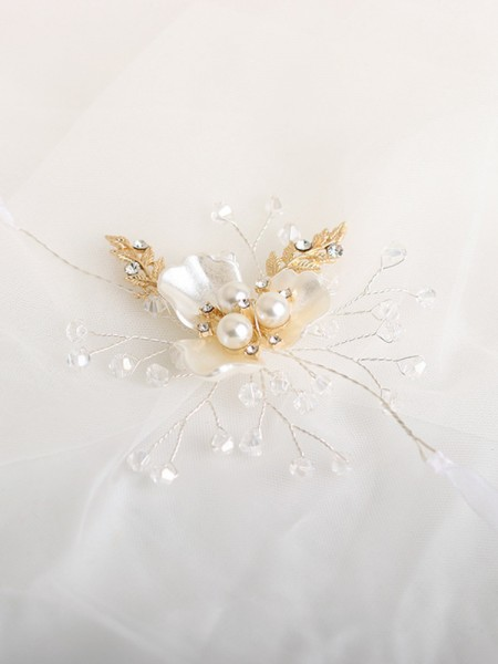 Cute Crystal Wrist Corsage