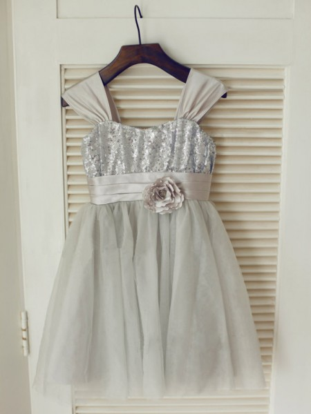 A-line/Princess Straps Sleeveless Bowknot Long Tulle Dresses