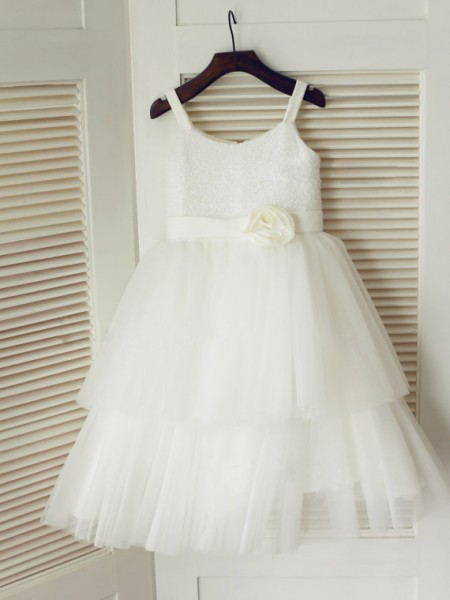 A-line/Princess Spaghetti Straps Sleeveless Hand-Made Flower Long Tulle Dresses