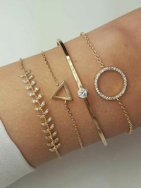 New Style Alloy With Rhinestone Bracelets(4 Pieces)