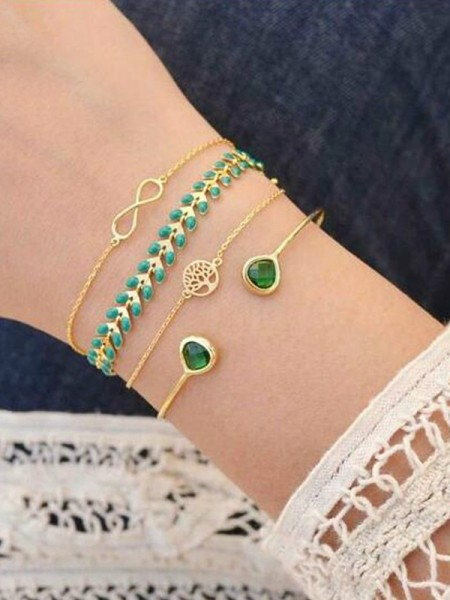 Personalized Alloy With Tree Bracelets(4 Pieces)