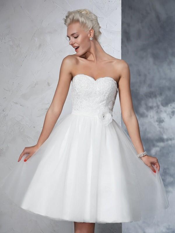 Princesa/Formato A Coração Flores Feitas à Mão Sem Mangas Curtos Malha Vestidos de Noiva