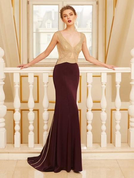 Bainha/Coluna Alças Sem Mangas Missangas Com cauda/Arrastar Jersey Vestidos