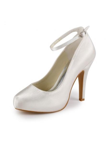 Mulheres Cetim Stiletto Heel Dedo do pé fechado Plataforma Marfim Casamento Sapatos com Fivela