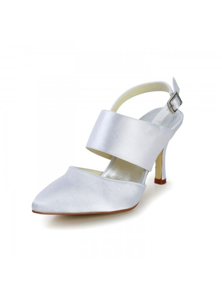 Mulheres Cetim Stiletto Heel Dedo do pé fechado com Fivela Branco Casamento Sapatos