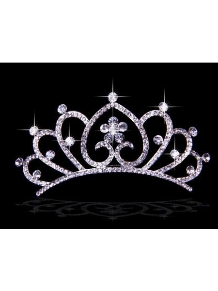 Stunning Liga com Czech Imitação de Diamantes Hearts Flores Tiaras de casamento